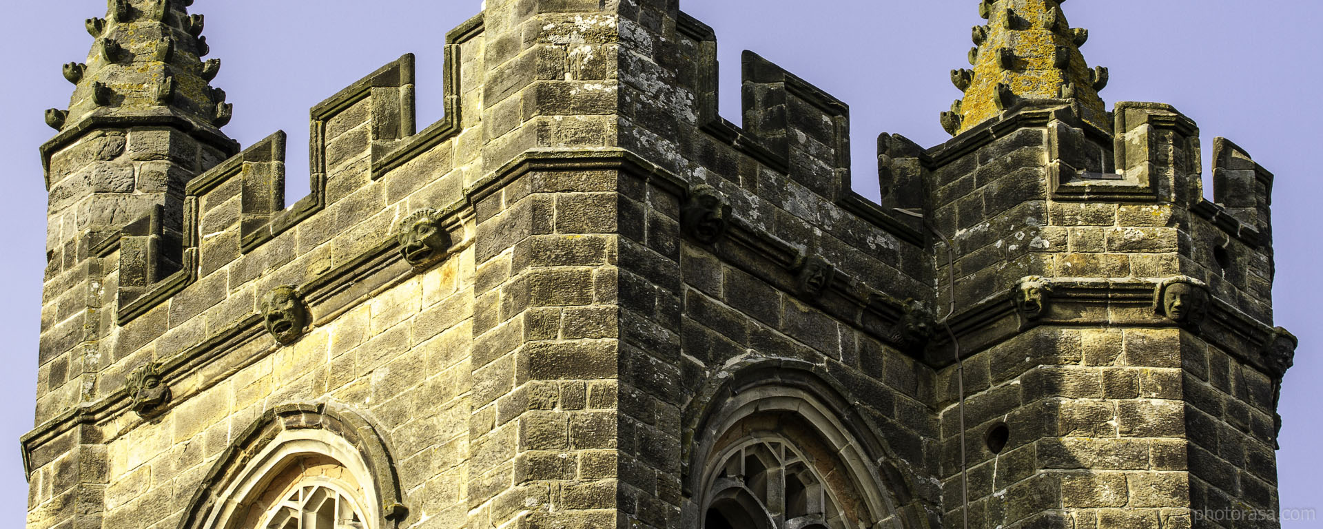 https://photorasa.com/st-marys-church-in-chiddingstone/faces-lining-church-of-st-mary-tower-in-chiddingstone/