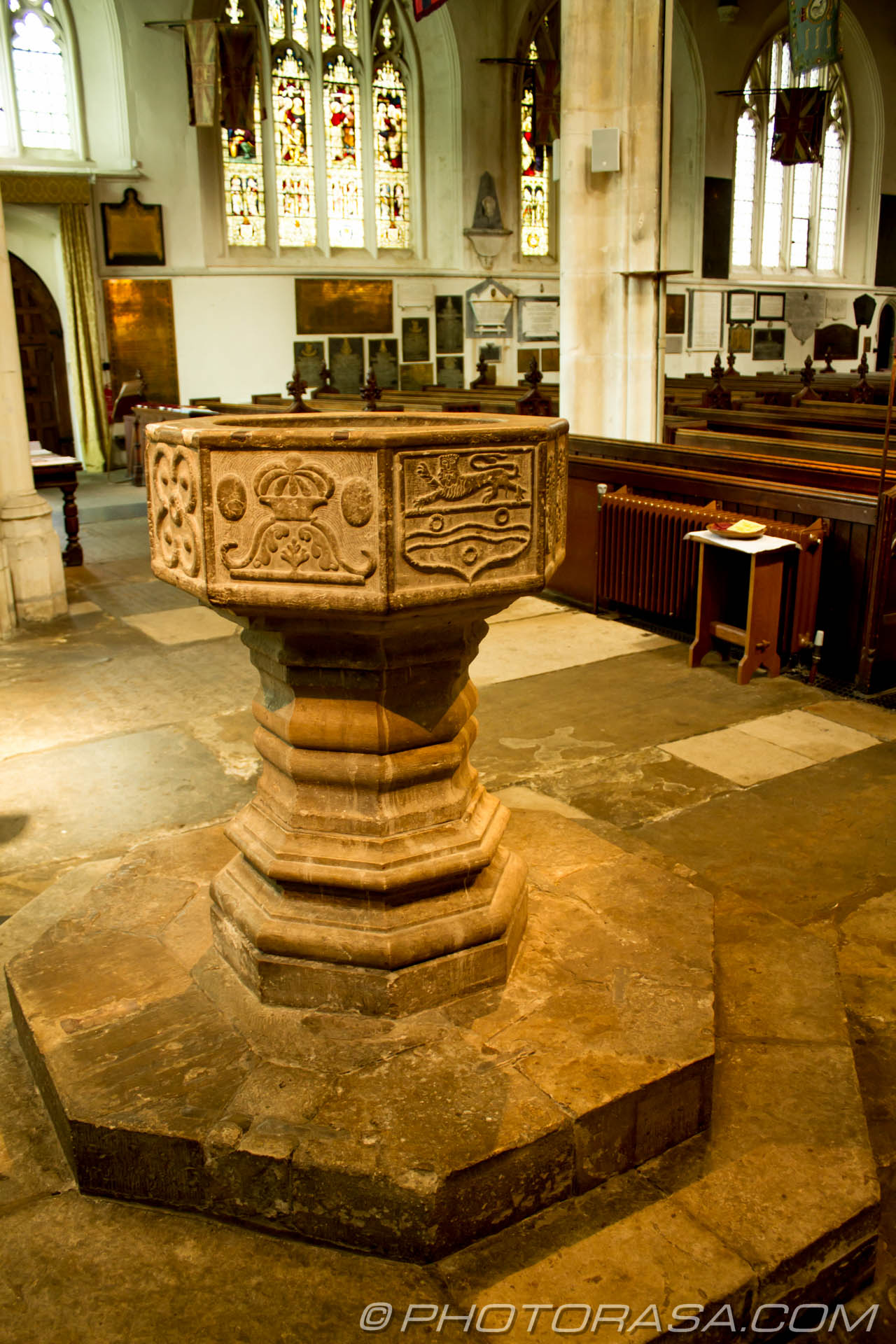 http://photorasa.com/inside-all-saints-church-in-maidstone/all-saints-maidstone-font/