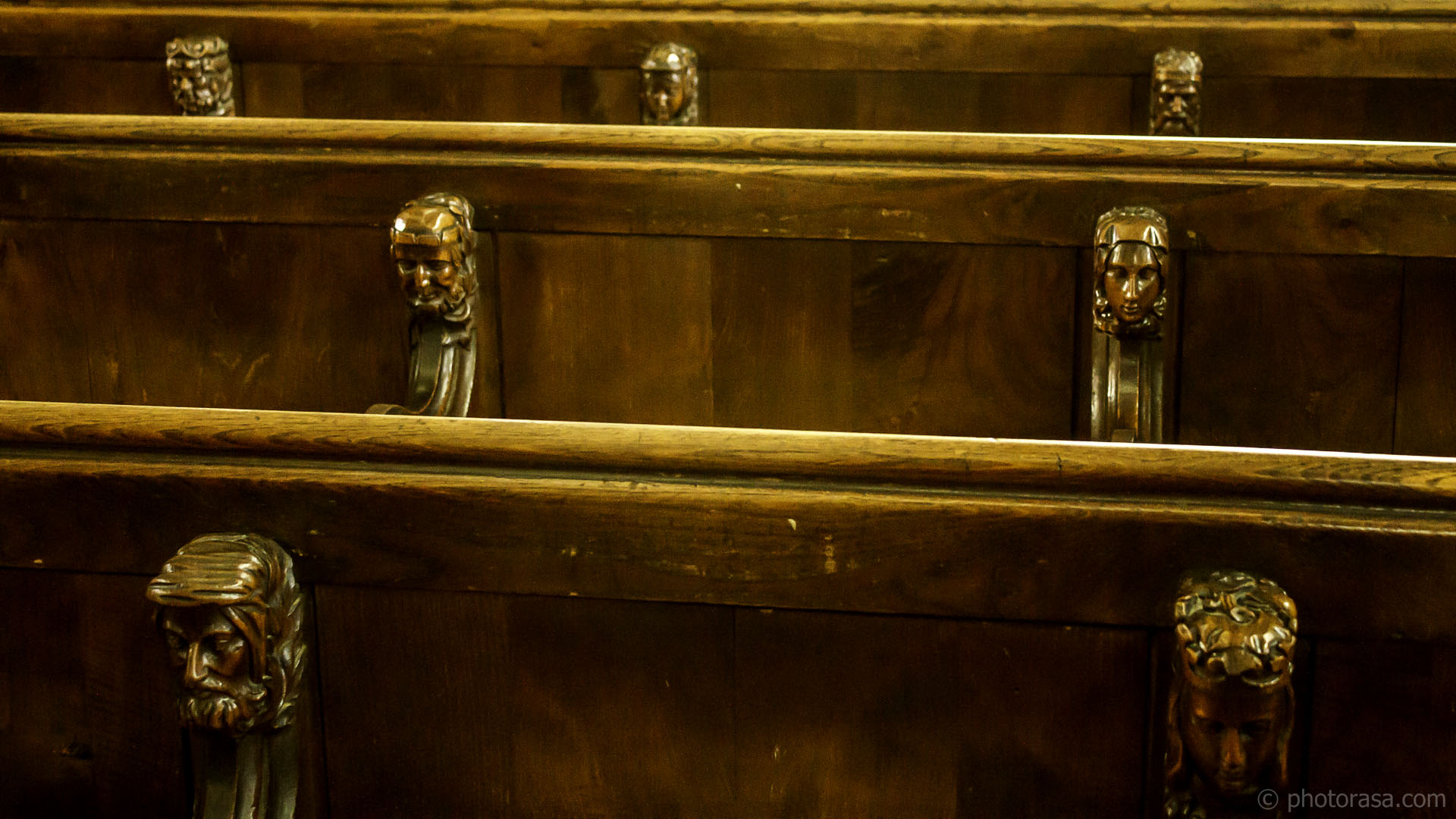 http://photorasa.com/inside-all-saints-church-in-maidstone/choir-stalls-with-carved-heads/