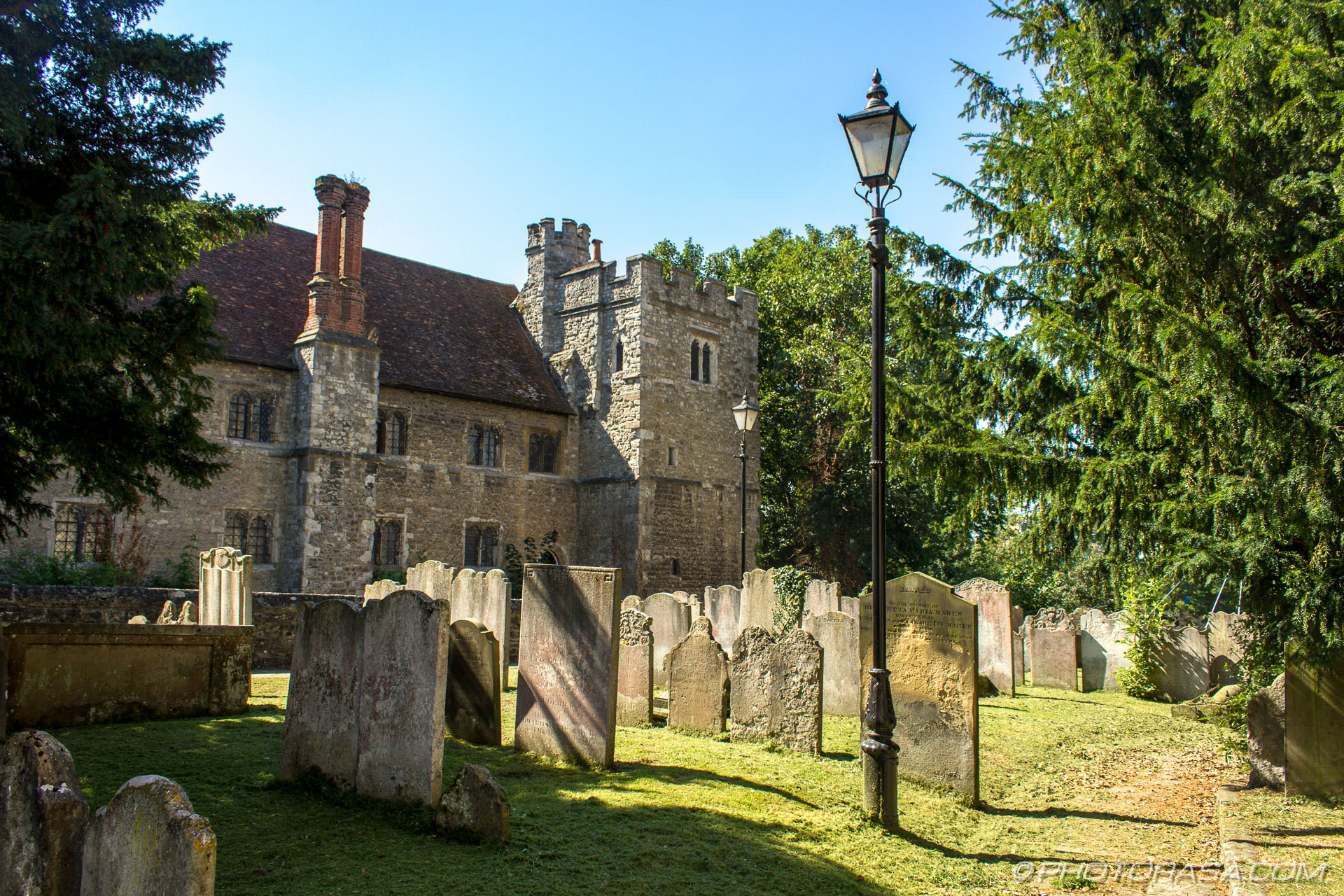 https://photorasa.com/inside-all-saints-church-in-maidstone/view-of-old-maidstone-college-from-all-saints-church/