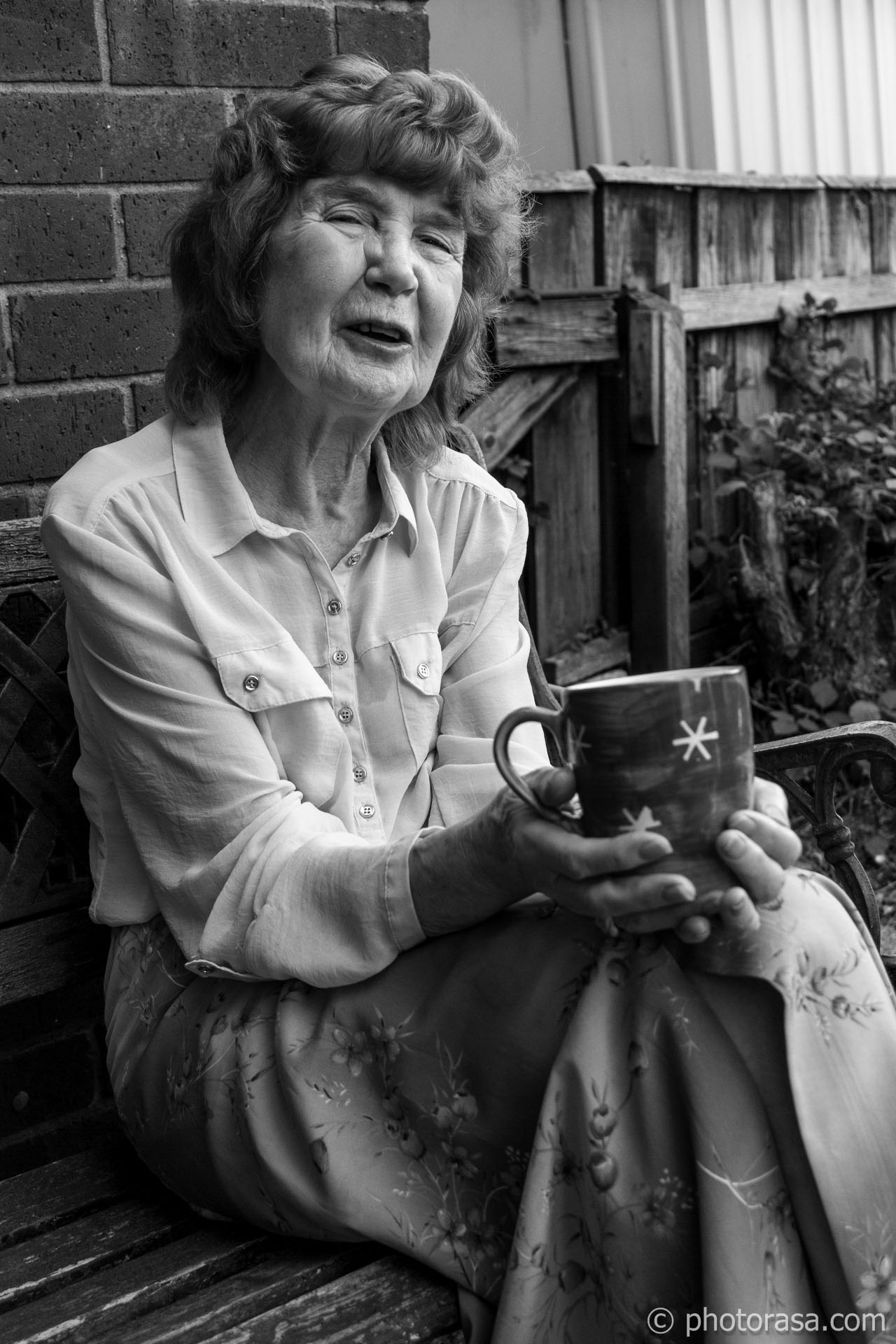 http://photorasa.com/joan/talking-with-a-cup-of-tea/