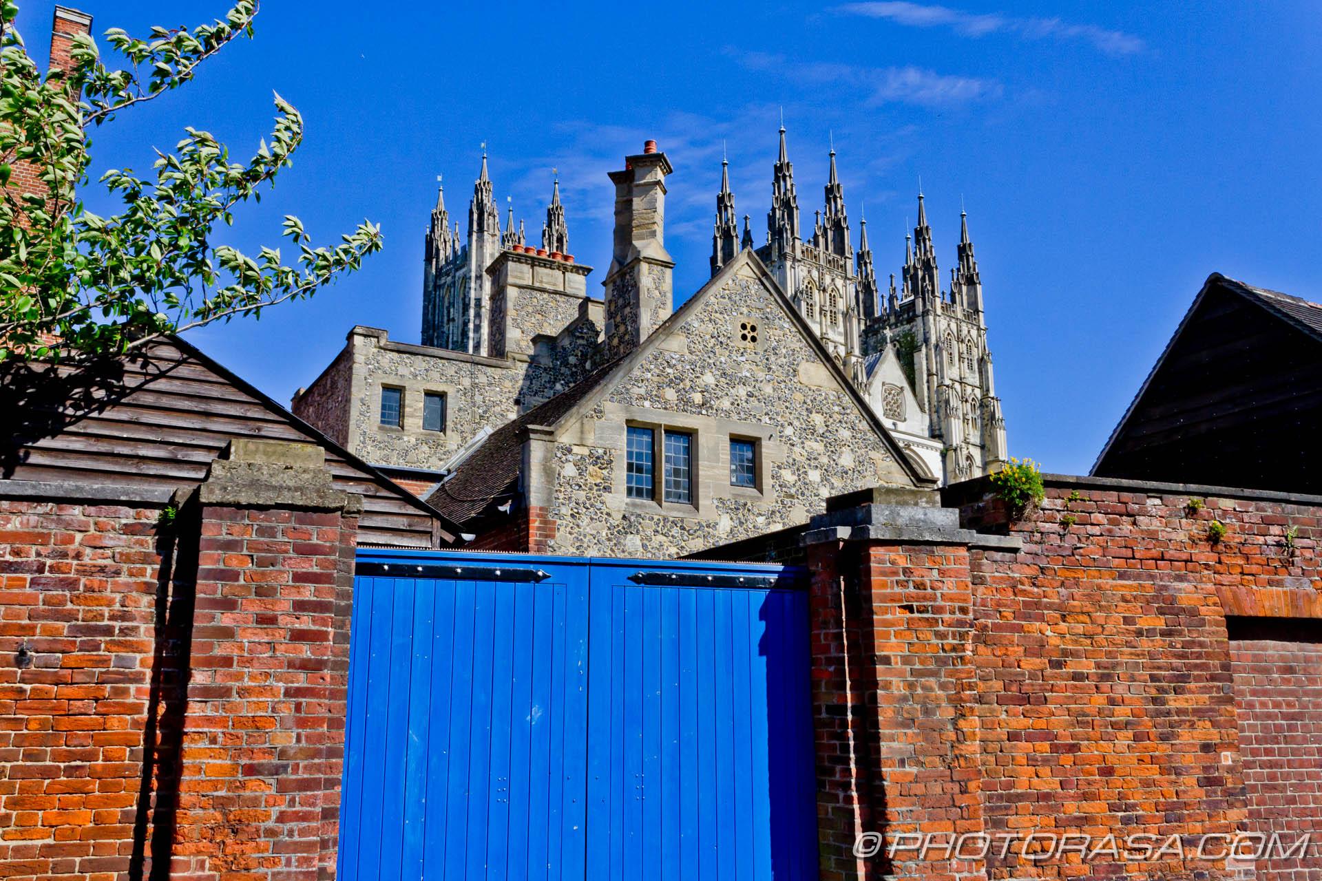 http://photorasa.com/canterbury-trip/behind-the-blue-gate/