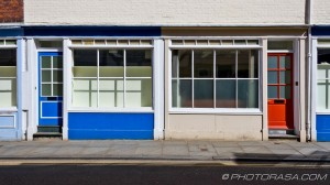 blue shop and red shop