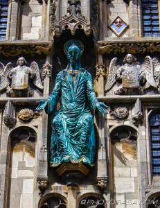 jesus above catherdral entrance