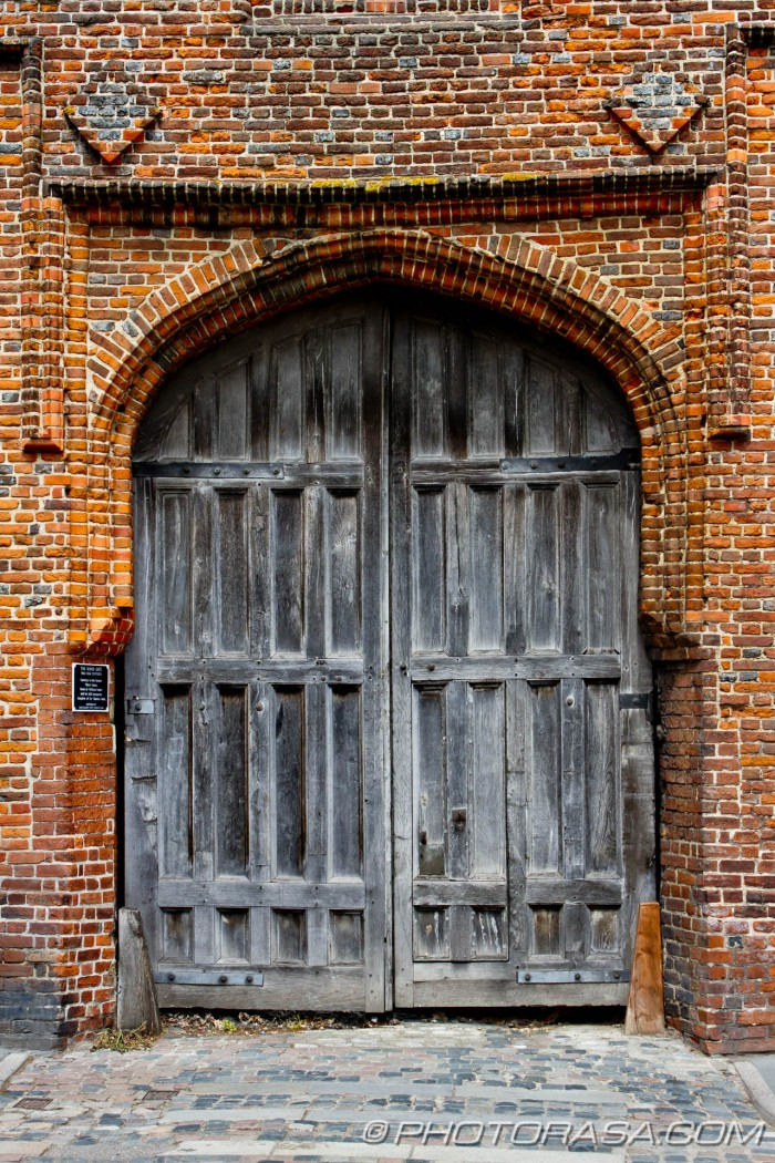 the roper gate