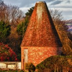 round brick kent oast with missing cowl