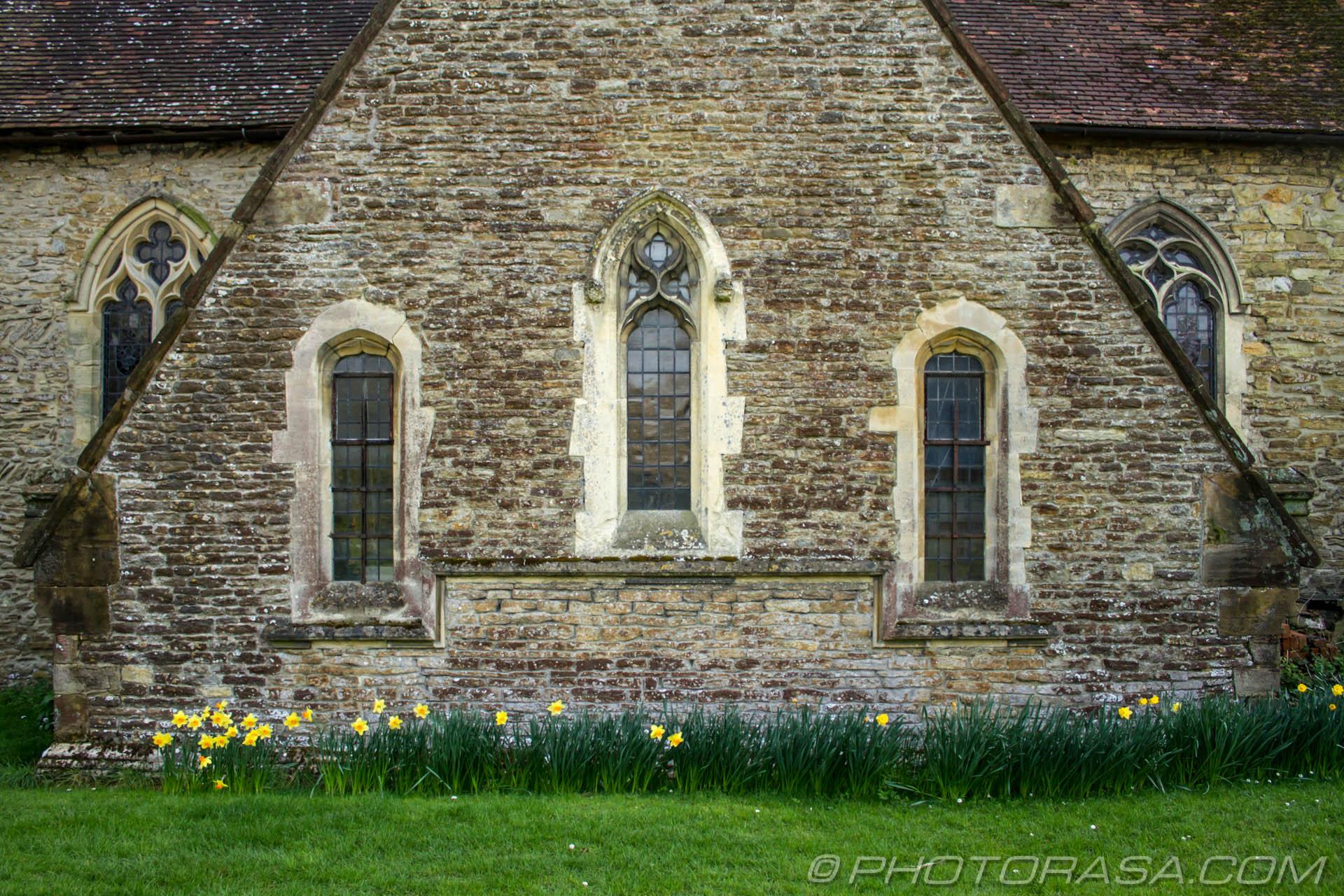 https://photorasa.com/saints-church-staplehurst-kent/three-windows/