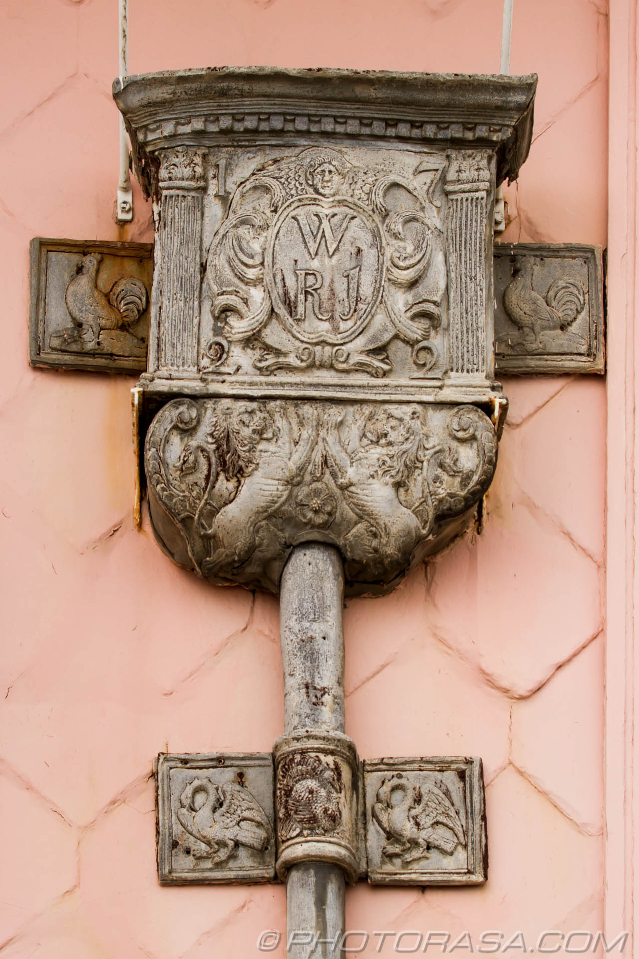 http://photorasa.com/lyme-regis/ornate-18th-century-drain/