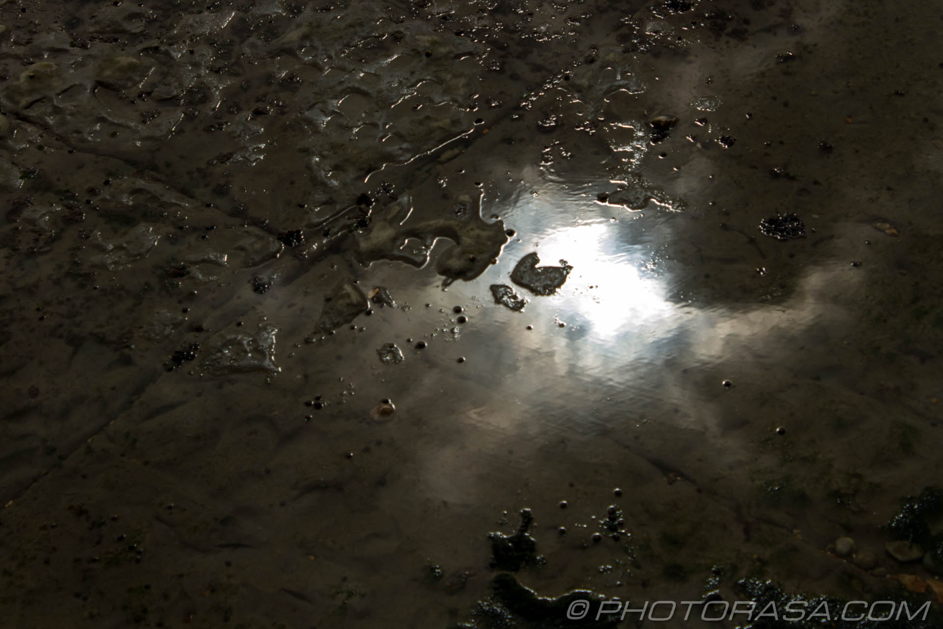 https://photorasa.com/jurassic-coast-lyme-regis/sky-reflection/