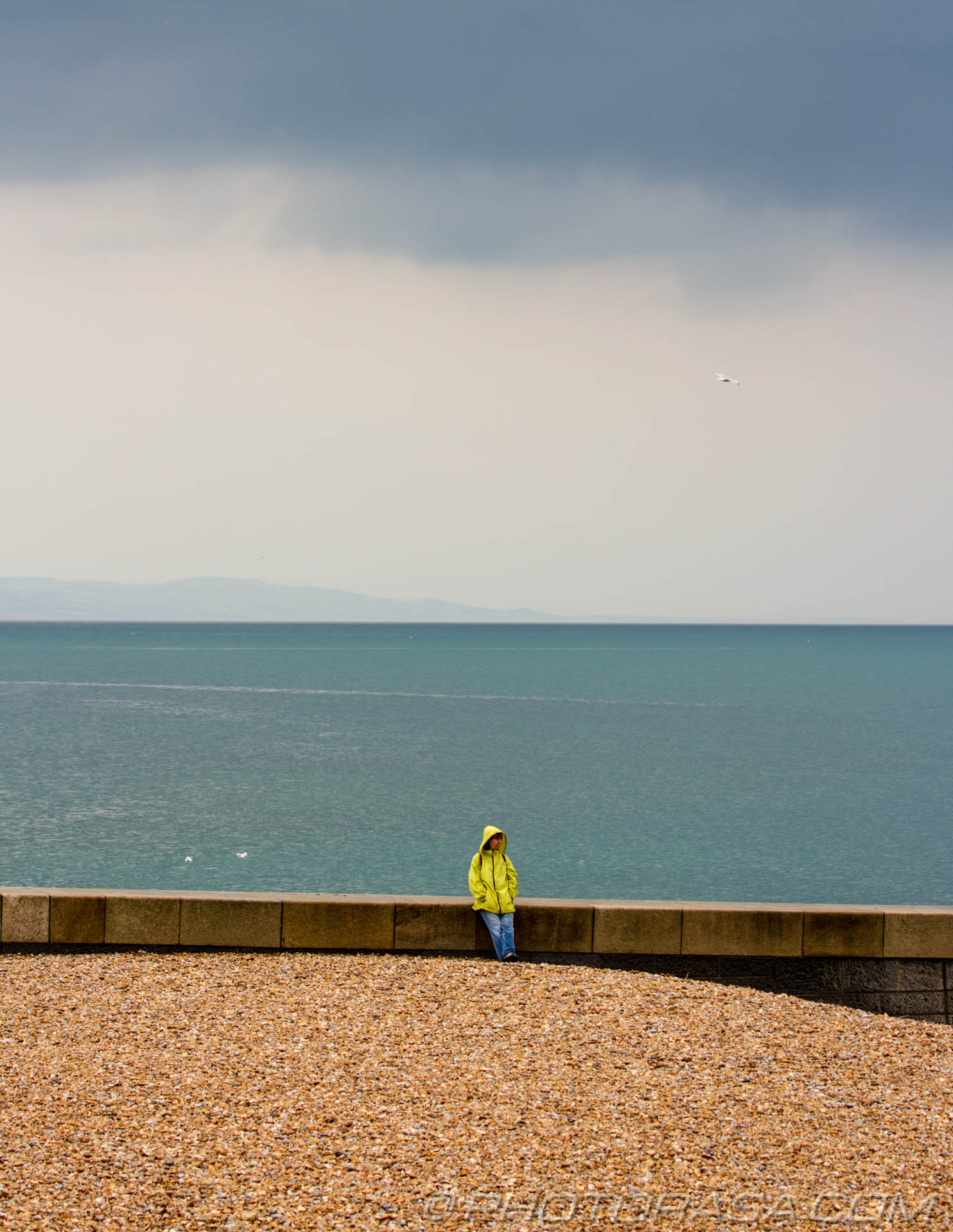 http://photorasa.com/sea-lyme-regis/yellow-mac-by-the-sea/