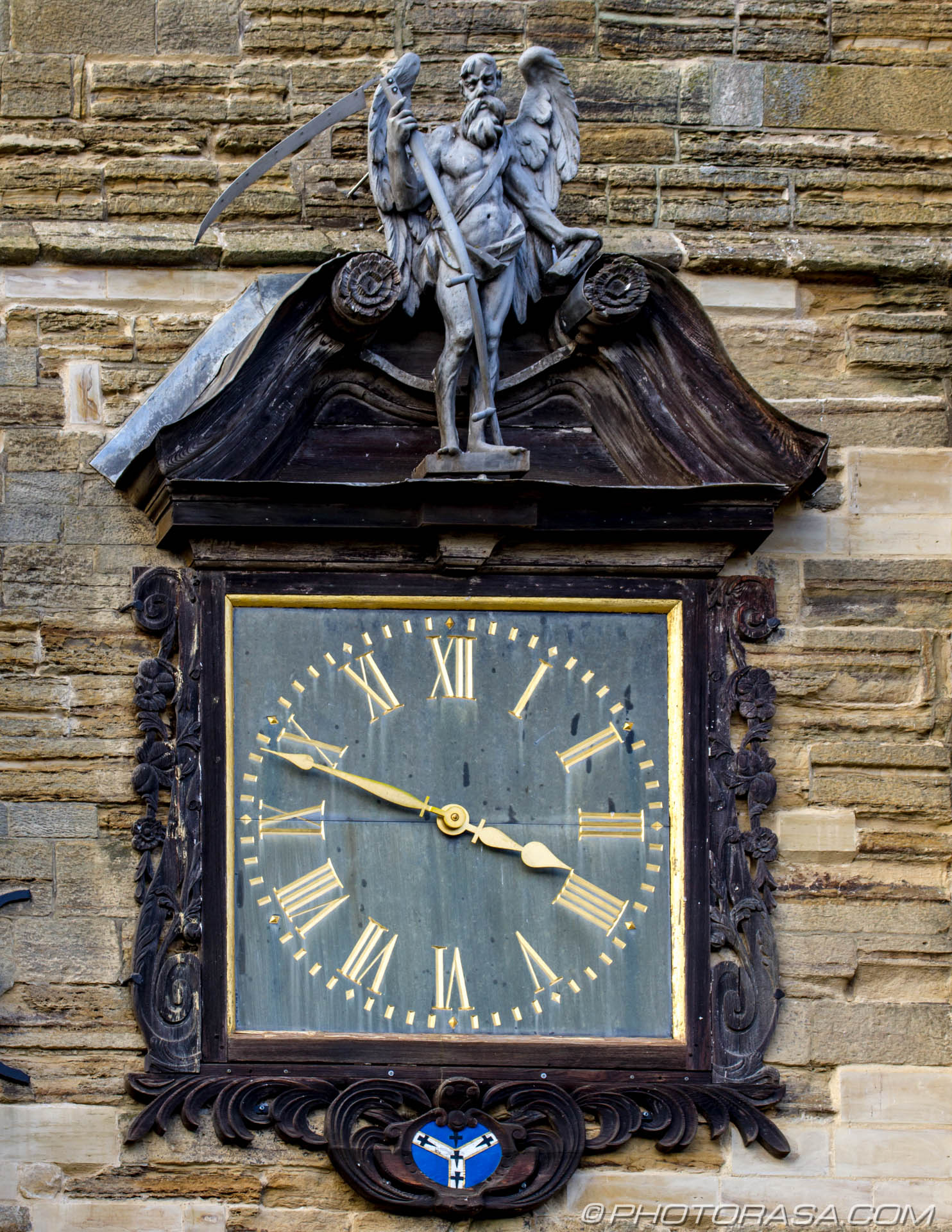 http://photorasa.com/st-dunstans-church-cranbrook/church-clock/