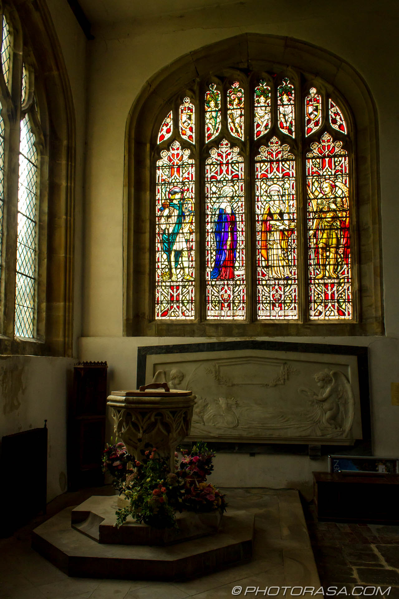 http://photorasa.com/st-dunstans-church-cranbrook/font-by-the-windows/