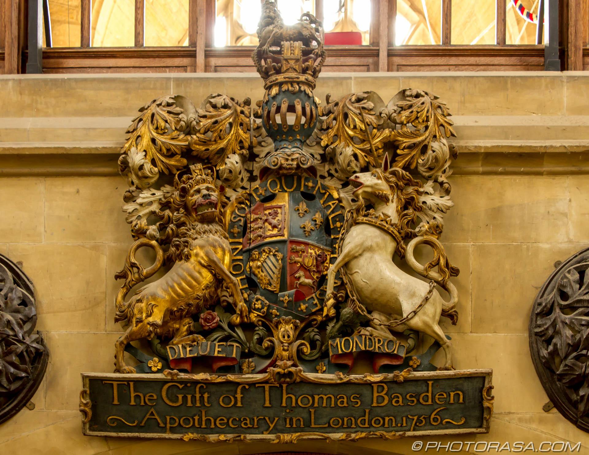 https://photorasa.com/st-dunstans-church-cranbrook/heraldic-wooden-carving/