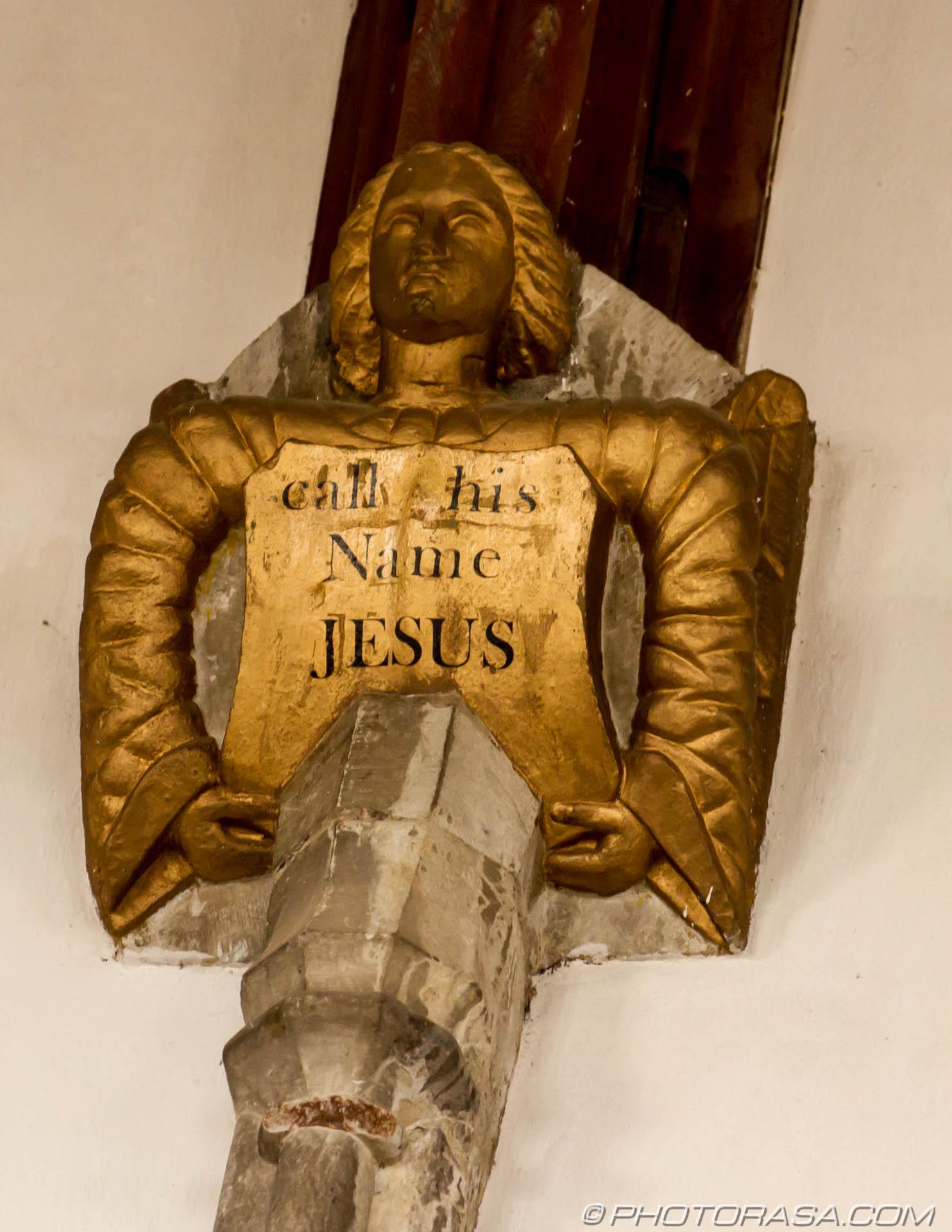 https://photorasa.com/st-dunstans-church-cranbrook/repaired-wall-carving/
