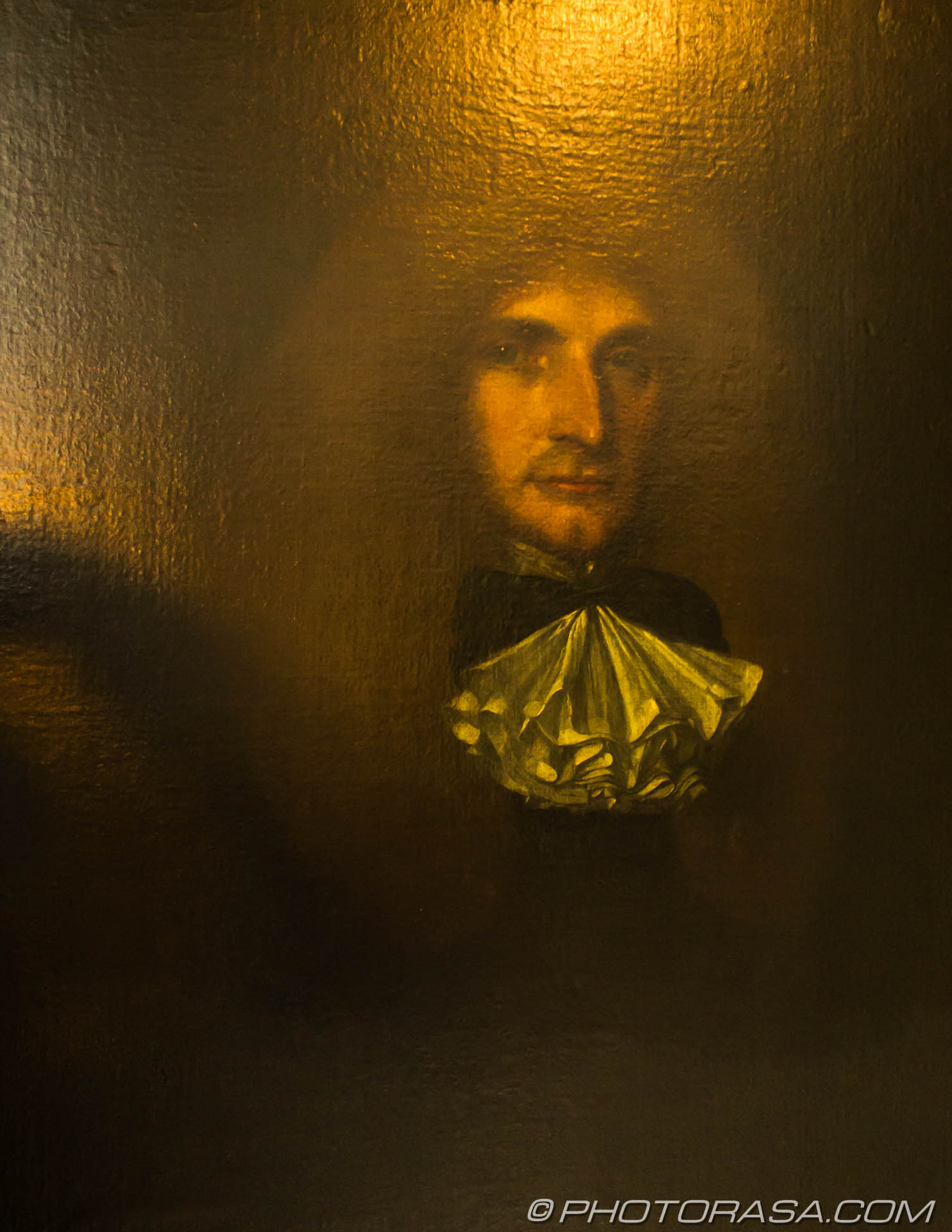http://photorasa.com/stoneacre-house-paintings/1th-century-oil-on-canvas-of-unknown-man-in-cravat/