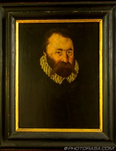 elizabethan picture of bearded man in small ruff