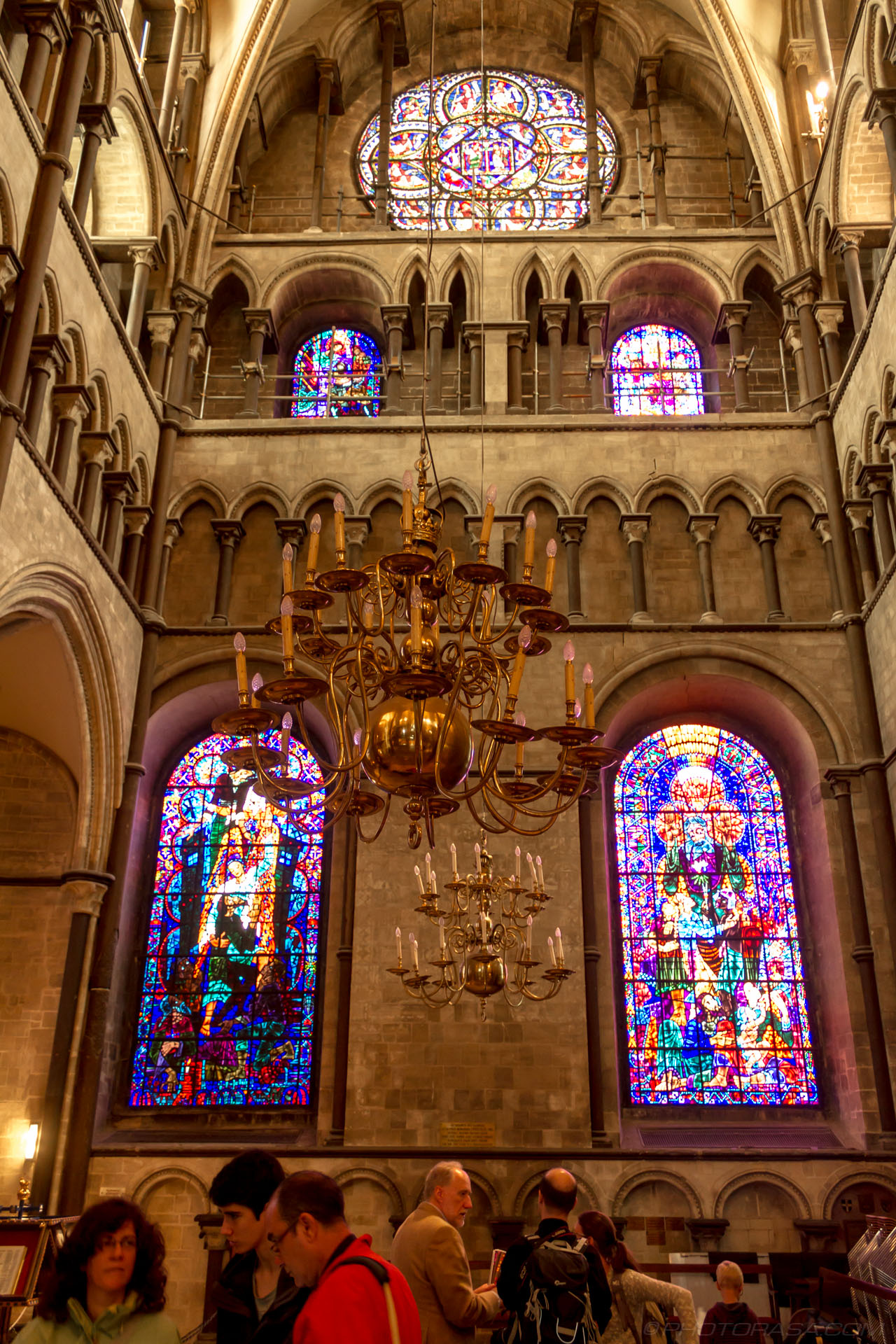 http://photorasa.com/canterbury-cathedral/north-east-transept-stained-glass-and-chandeliers/