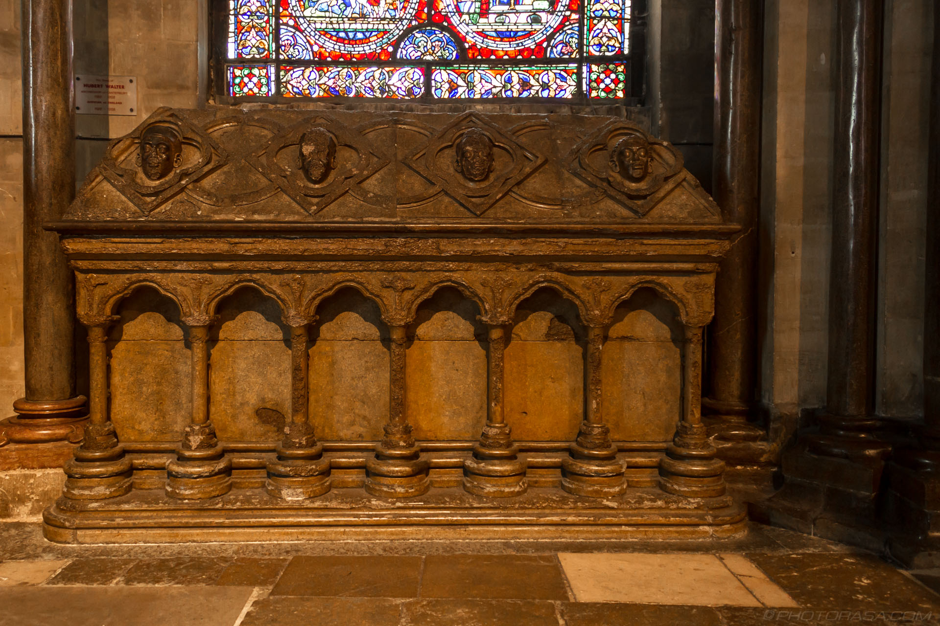 http://photorasa.com/canterbury-cathedral/tomb-of-archbishop-walter/