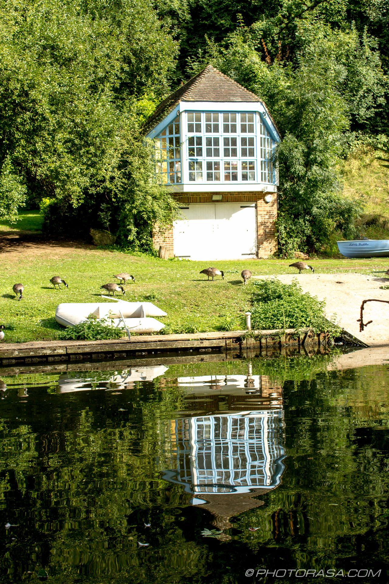 http://photorasa.com/maidstone/boat-house-reflection/