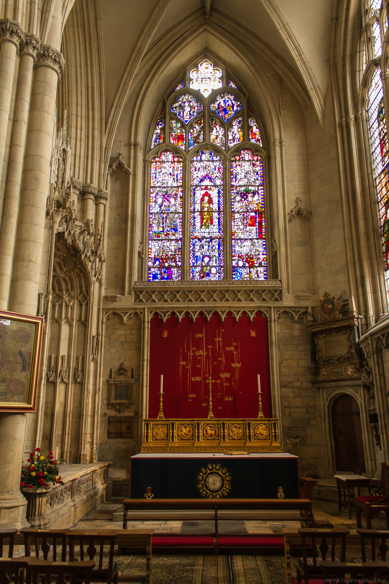 http://photorasa.com/yorkminster-cathedral/all-saints-chapel/