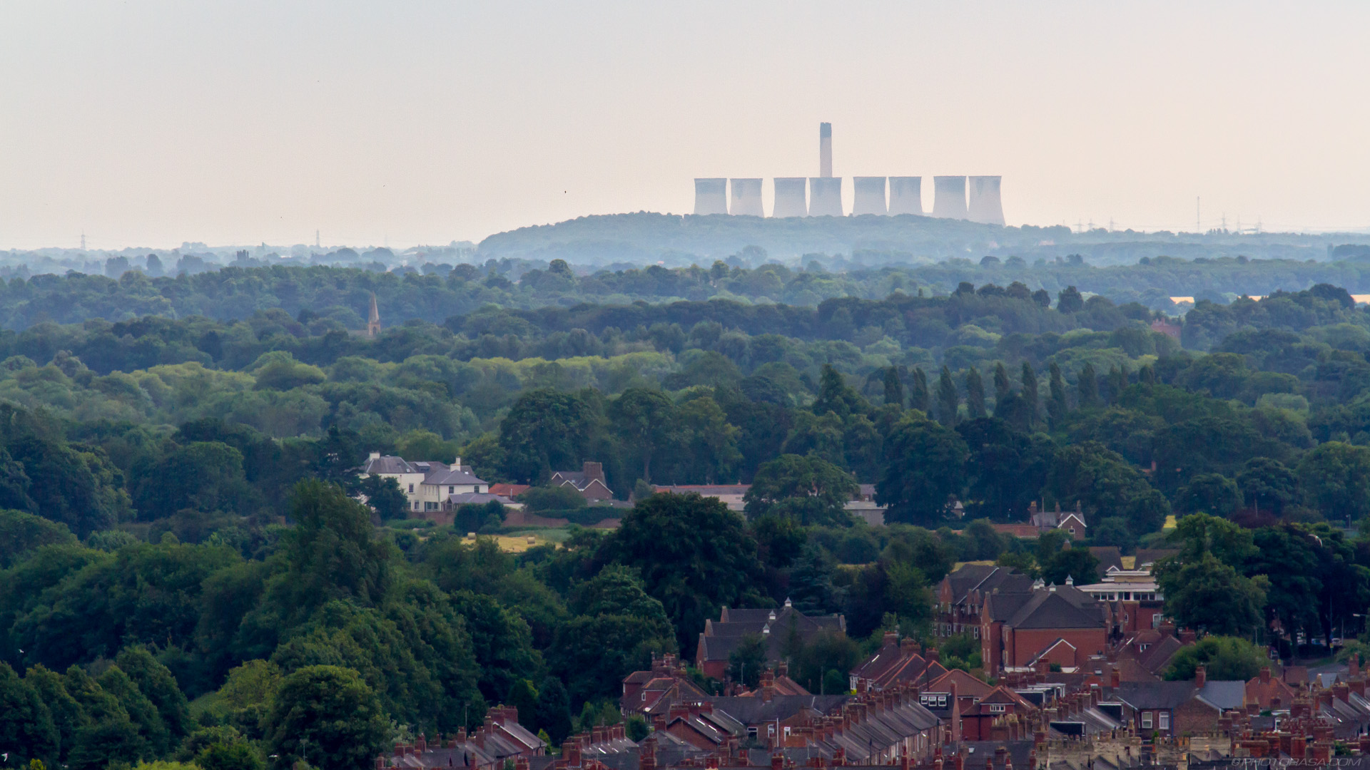 http://photorasa.com/yorkminster-cathedral/eggborough-power-station-from-yorkminster-tower/