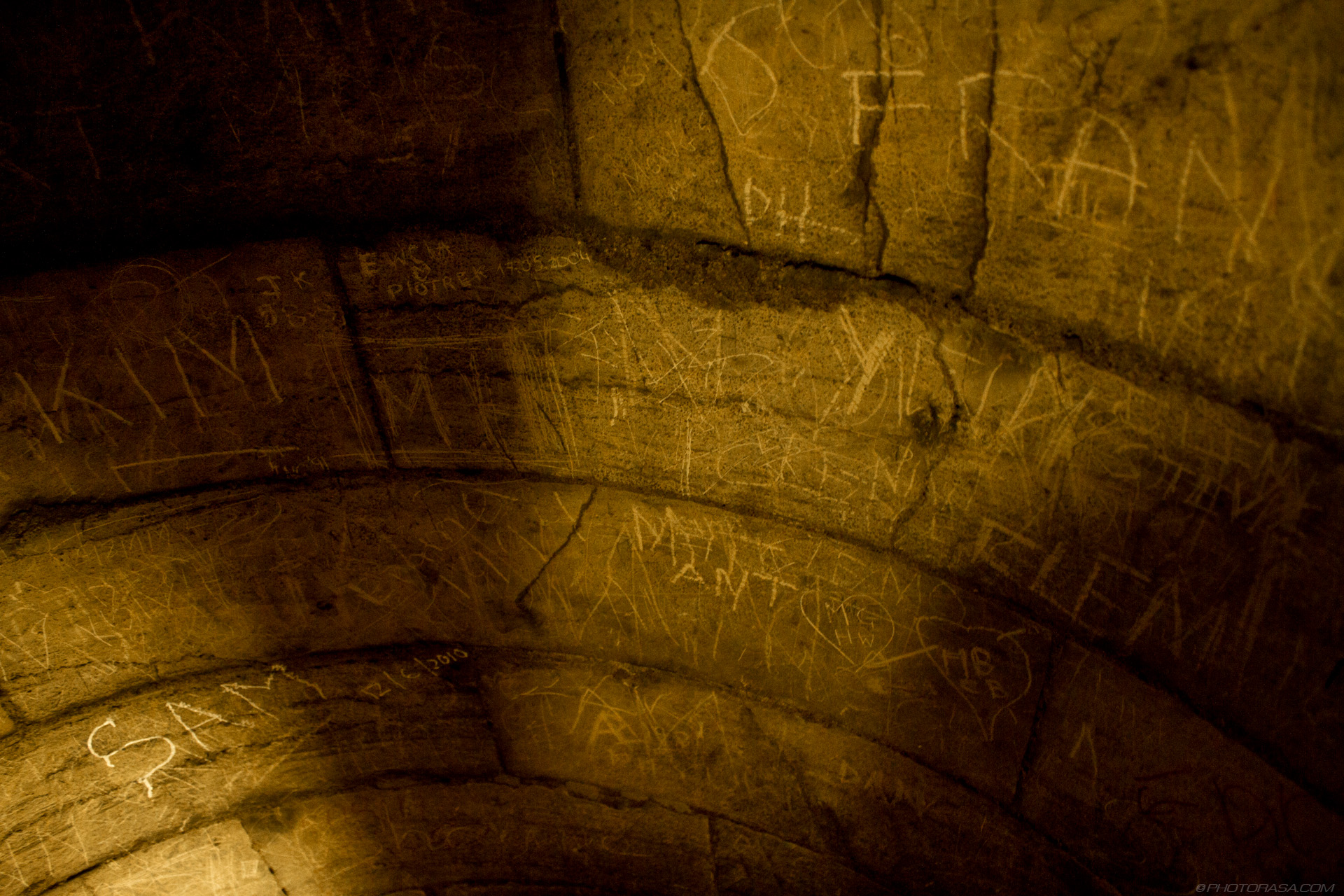 http://photorasa.com/yorkminster-cathedral/graffiti-on-old-cathedral-wall/
