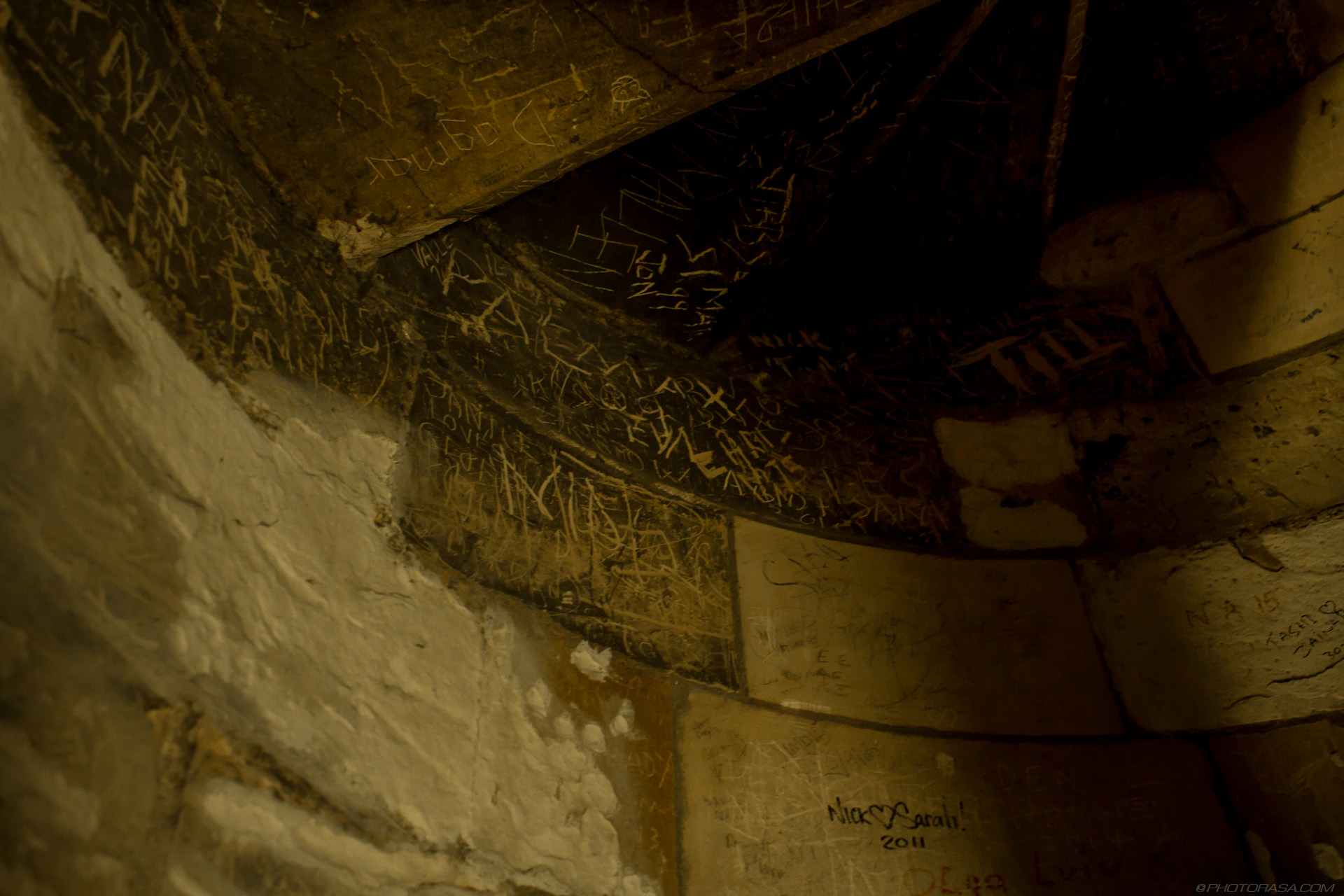 http://photorasa.com/yorkminster-cathedral/old-graffiti/