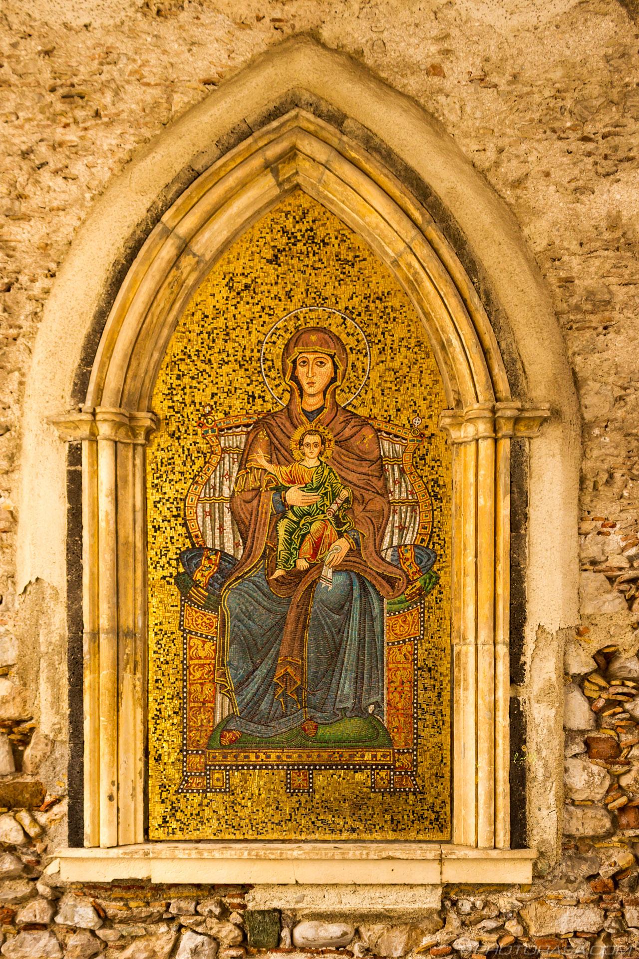 http://photorasa.com/taormina/roman-mosaic-at-taormina/