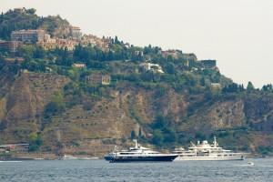 super yachts near taormina