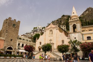 taormina town church