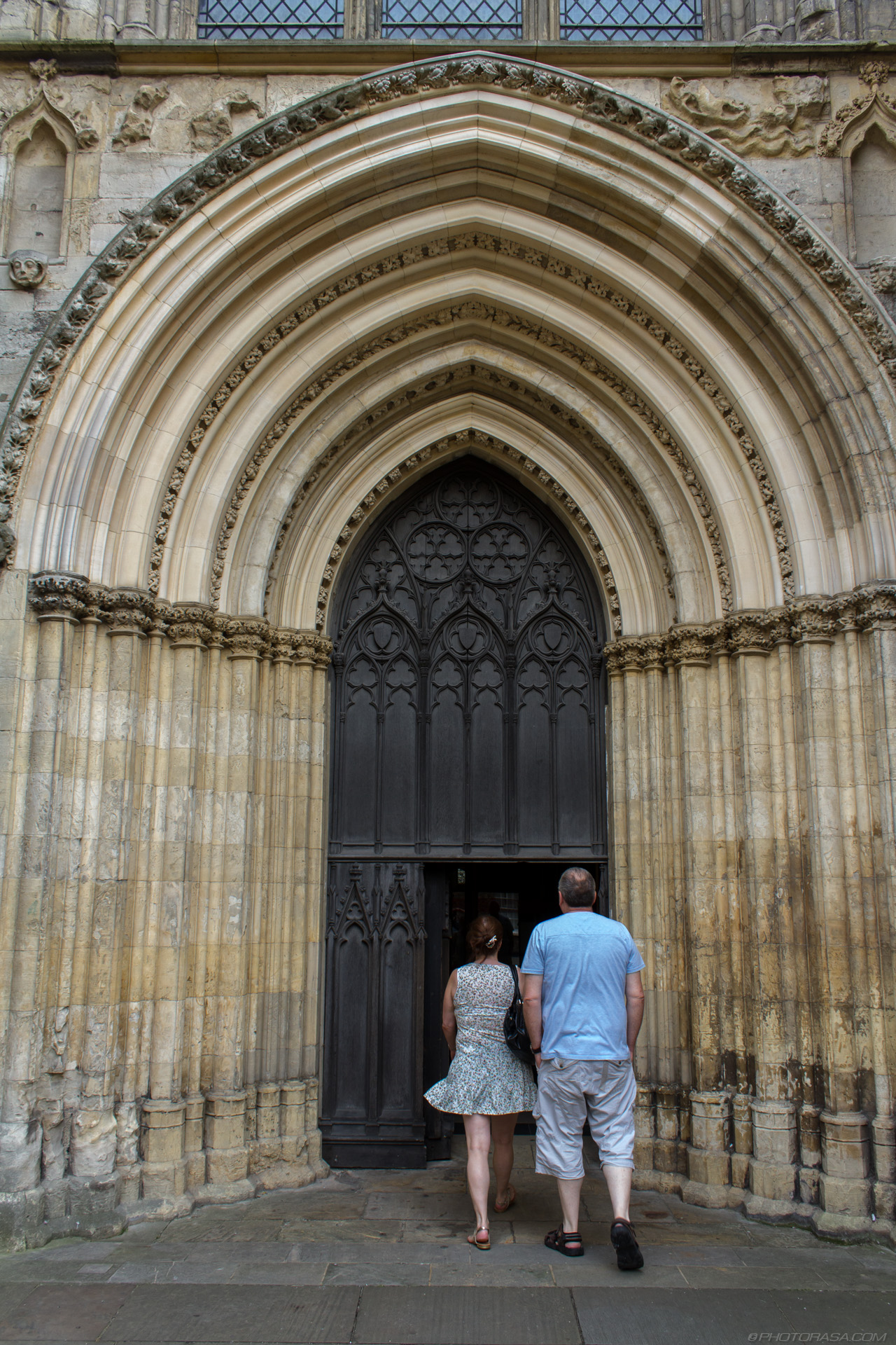 http://photorasa.com/yorkminster-cathedral/west-entrance-arch/